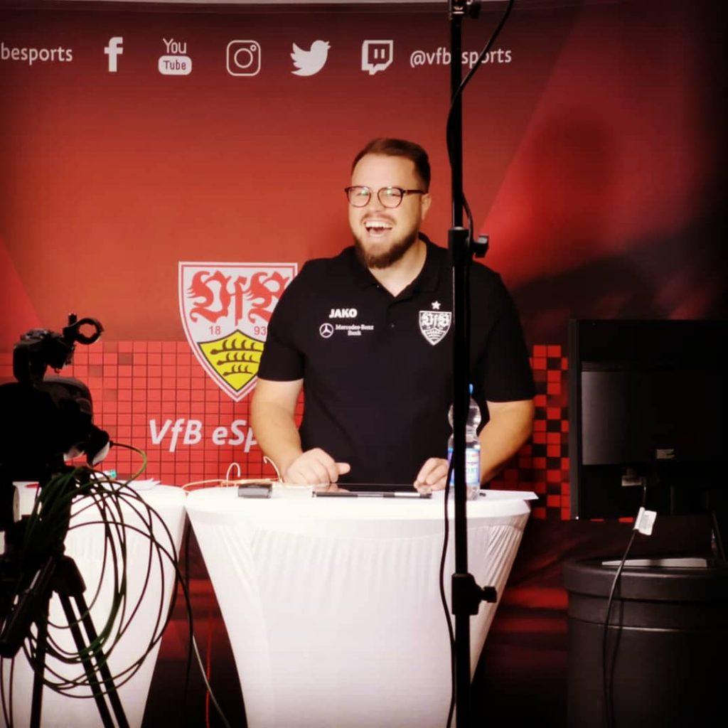"""""""Am Set beim VfB Stuttgart eSport vor Live-Sendung in der Virtual Bundesliga"""""""